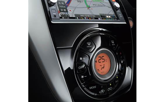 Nissan Latio 7