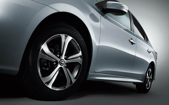 Nissan SYLPHY 25
