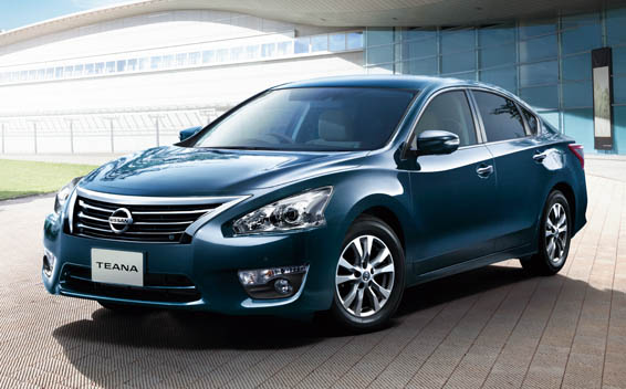 Nissan Teana 1