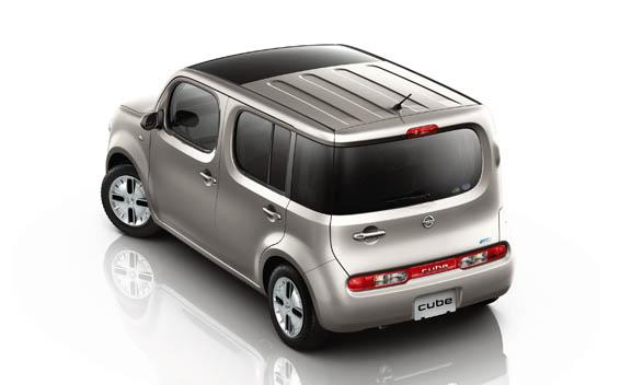 Nissan Cube 3
