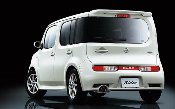 Nissan Cube 25