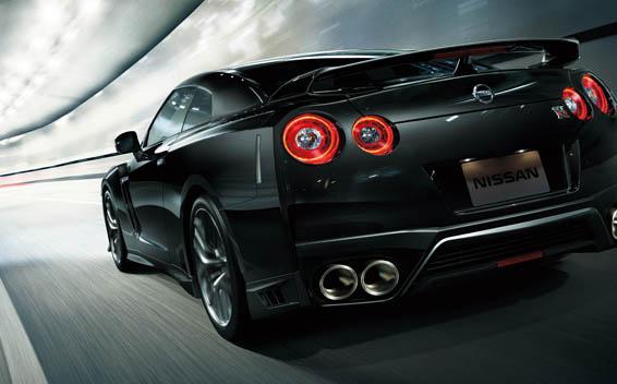 Nissan Nissan GT-R 2