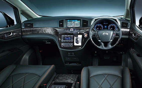 Nissan Elgrand 13