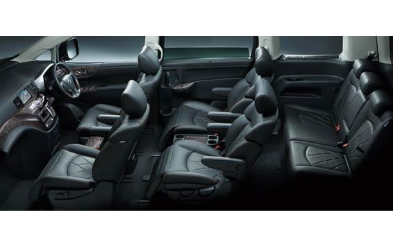 Nissan Elgrand 24