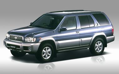 Nissan Terrano 1