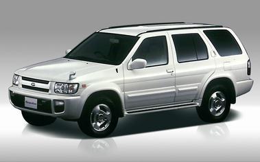 Nissan Terrano Regulus 1
