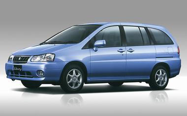 Nissan Prairie Liberty 1