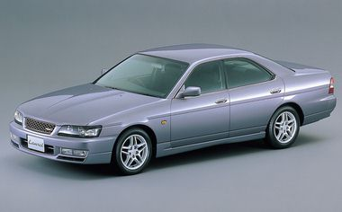 Nissan Laurel 25MEDALISTPREMIER AT 2.5 (2001)