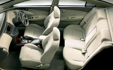 Nissan Primera 4