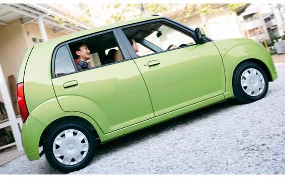 Nissan Pino 7