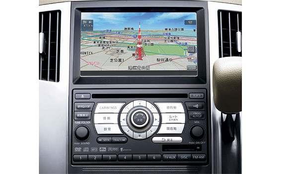 Nissan Presage 5