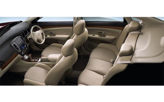 Nissan Bluebird Sylphy 5