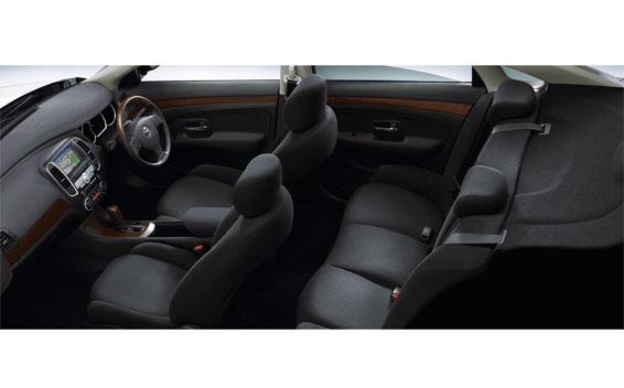 Nissan Bluebird Sylphy 7