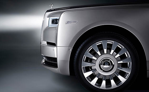 Rolls-Royce Phantom 6