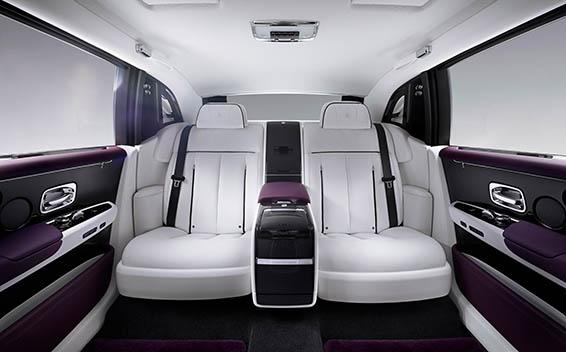 Rolls-Royce Phantom 14