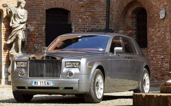 Rolls-Royce Phantom PHANTOM LHD AT 6.8 (2006)