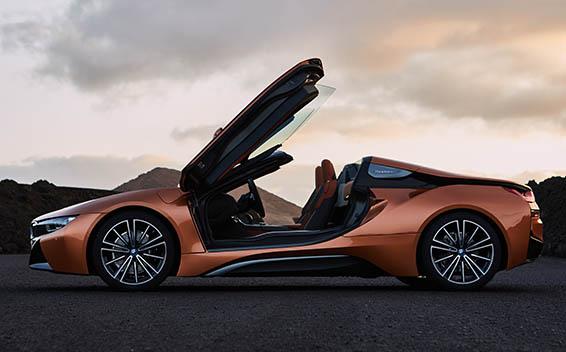 BMW i8 Roadster 11
