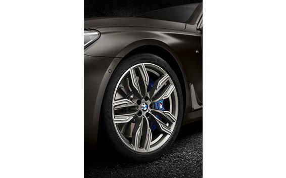 BMW 7 Series 39