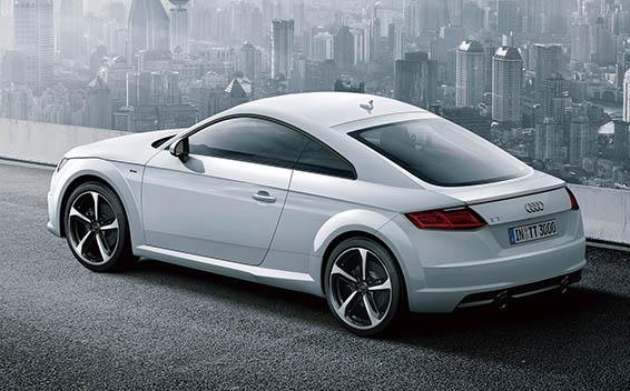 Audi TT Coupe 7