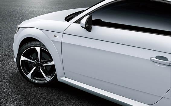 Audi TT Coupe 9