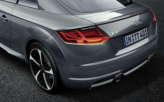 Audi TT Coupe 10