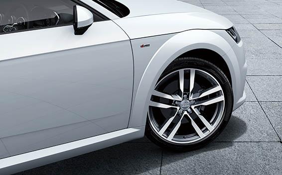 Audi TT Coupe 19