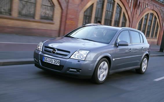 Opel Signum SIGNUM3.2 RHD AT 3.2 (2005)