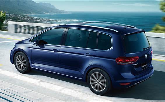 Volkswagen Golf Touran 2