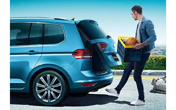 Volkswagen Golf Touran 16