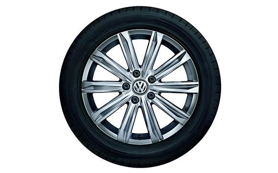 Volkswagen Golf Touran 17