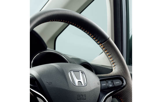 Honda Fit shuttle 4