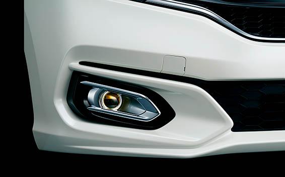 Honda Fit Hybrid 13
