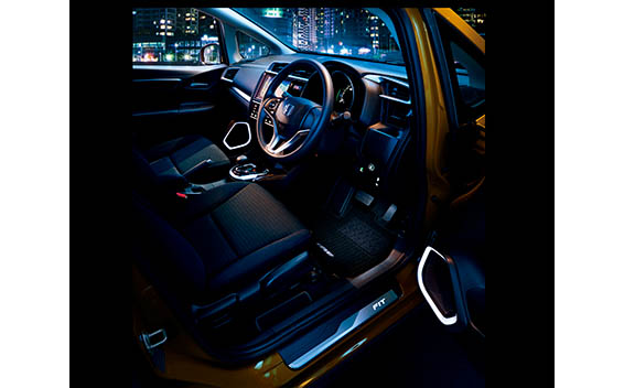 Honda Fit Hybrid 20