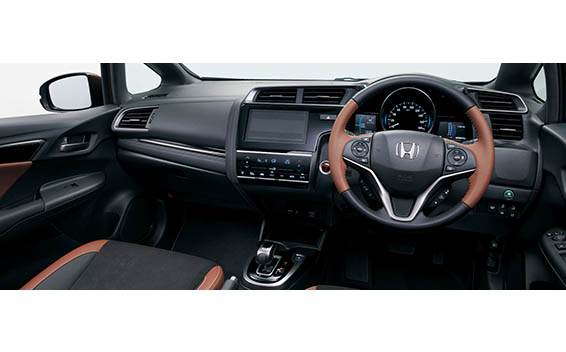 Honda Fit Hybrid 24