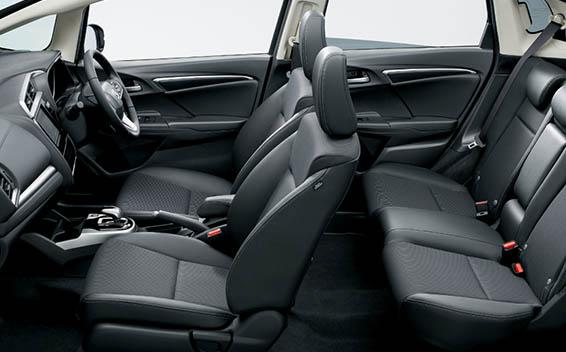 Honda Fit Hybrid 26