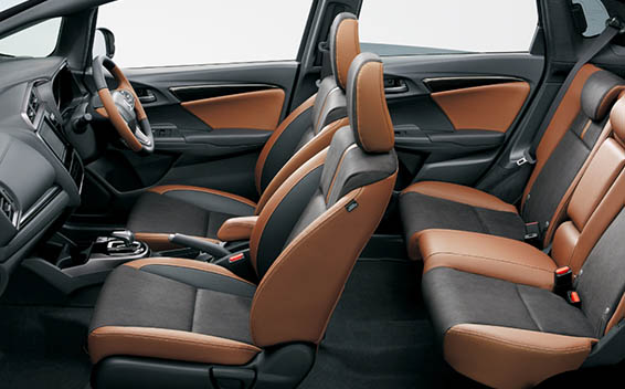 Honda Fit Hybrid 28