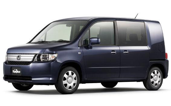 Honda Mobilio Spike 1