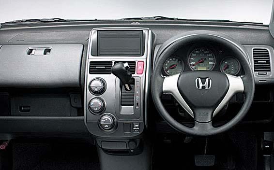 Honda Mobilio Spike 3