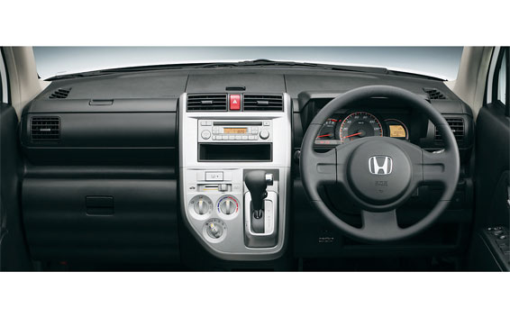Honda ZEST SPARK 3