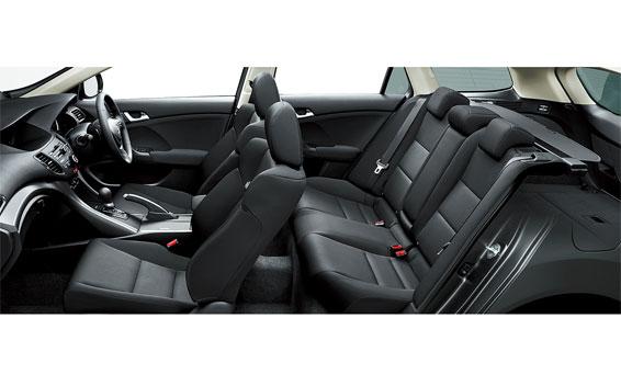 Honda Accord Tourer 4