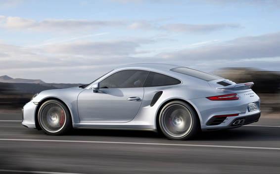 Porsche 911 Coupe 18