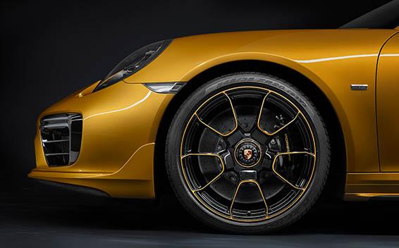 Porsche 911 Coupe 42