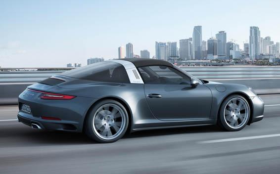 Porsche 911 Coupe 46