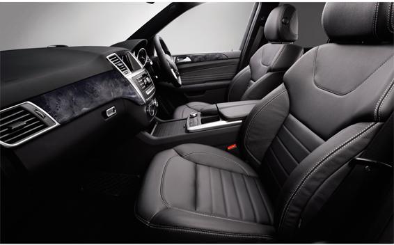 Mercedes-Benz M-Class 4