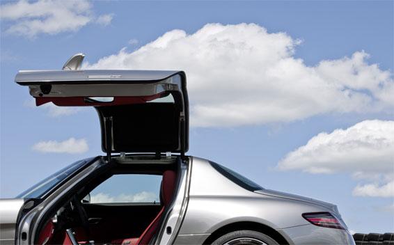 Mercedes-Benz SLS AMG 13
