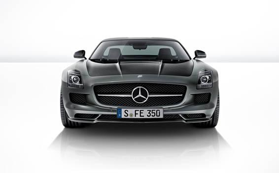 Mercedes-Benz SLS AMG 30