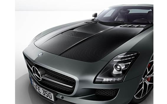 Mercedes-Benz SLS AMG 32