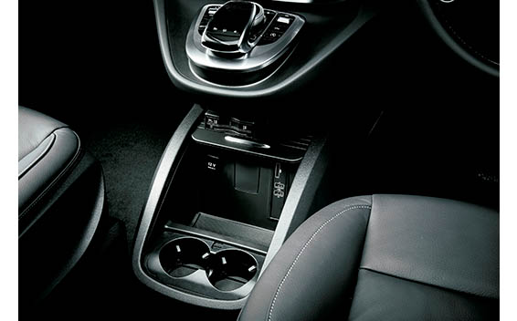 Mercedes-Benz V-Class 7