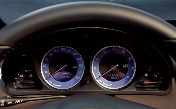 Mercedes-Benz SLR McLaren 10