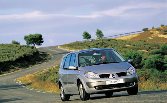 Renault Grand Scenic 2.0GLASS ROOF RHD AT 2.0 (2005)